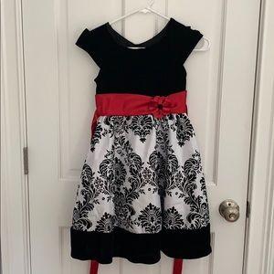 Size 8 Winter/Christmas dress